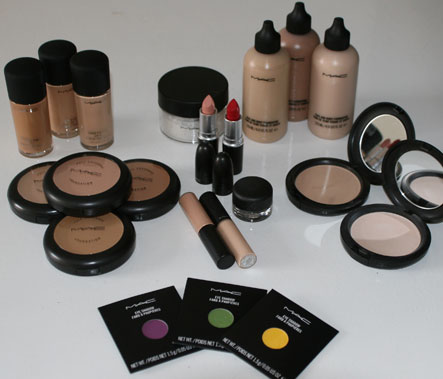 Which Pany Makeup Kit Is Best Mugeek Vidalondon